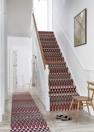 Tấm trải sàn đặt chân cầu thang