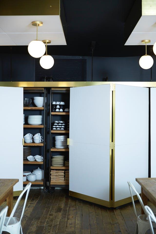 Tủ bếp mang lại nét tinh tế sang trọng cho phòng bếp