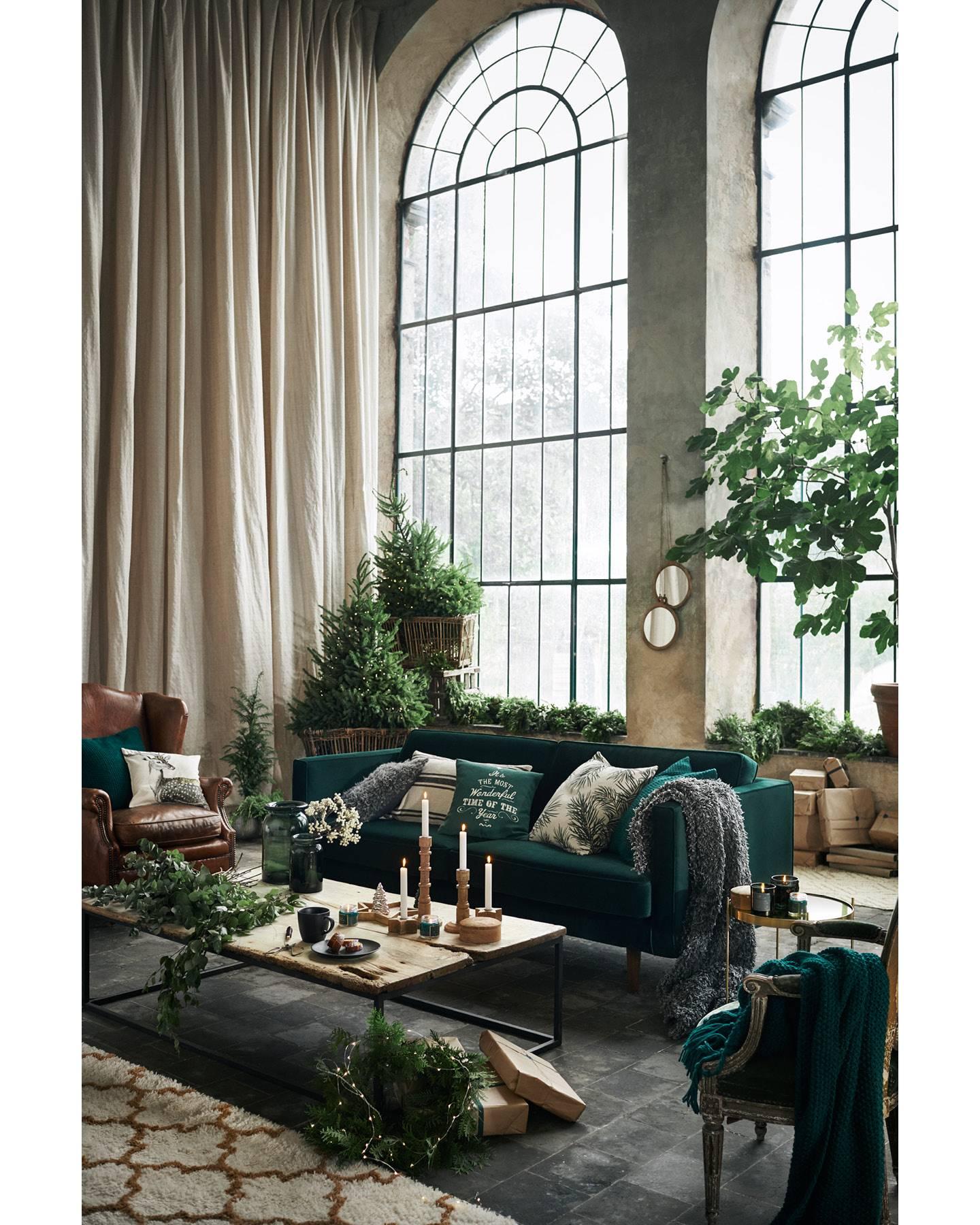 Thiết kế phòng khách phong cách Bắc Âu với tone xanh cây thông