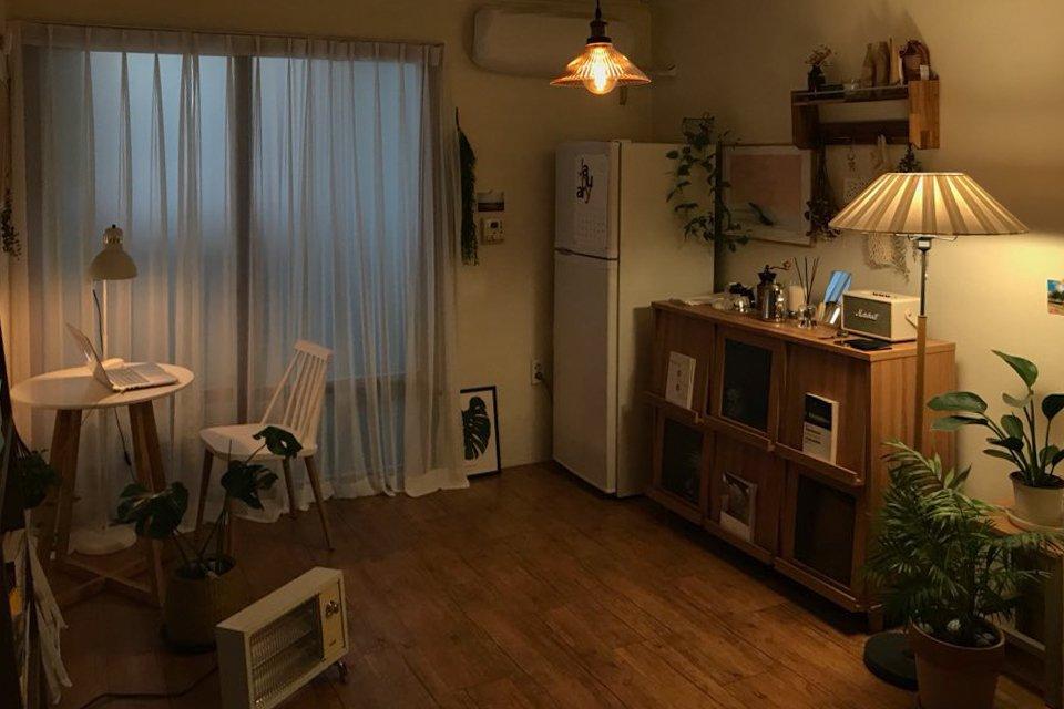 Cải tạo phòng trọ đẹp lung linh như quán cafe vintage - caza.vn