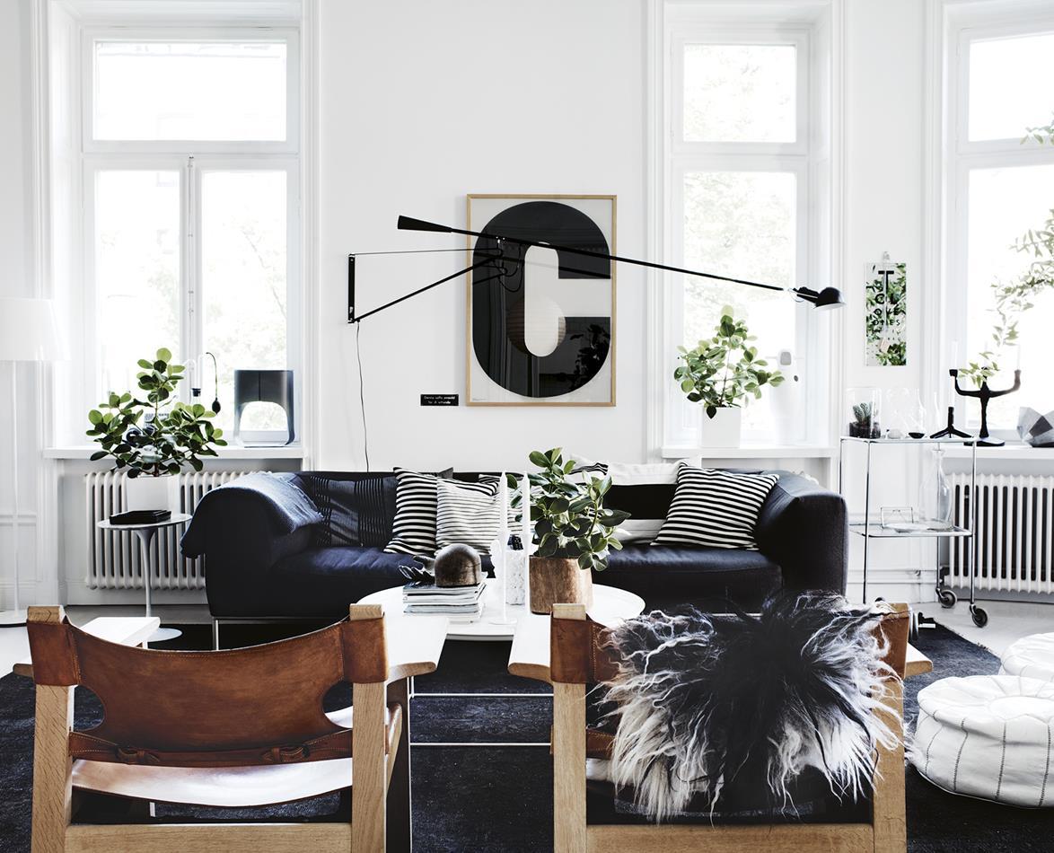Căn hộ đơn sắc ở Stockholm ngập tràn ý tưởng thiết kế nội thất thông minh