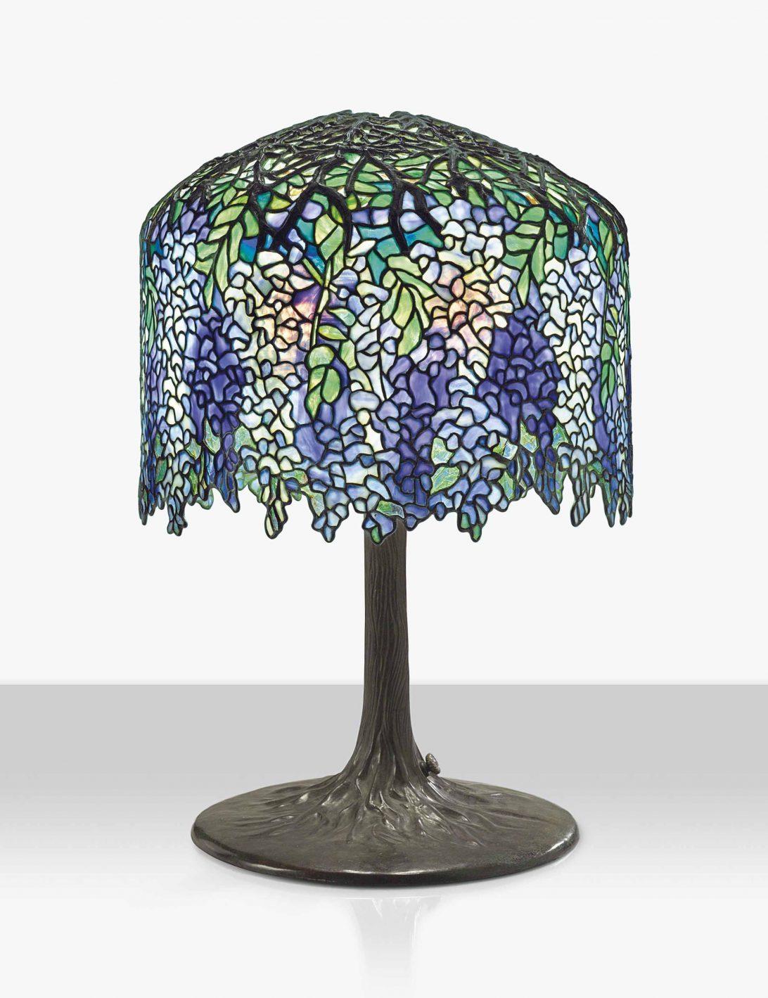 Tiffany, cây đèn quí tộc