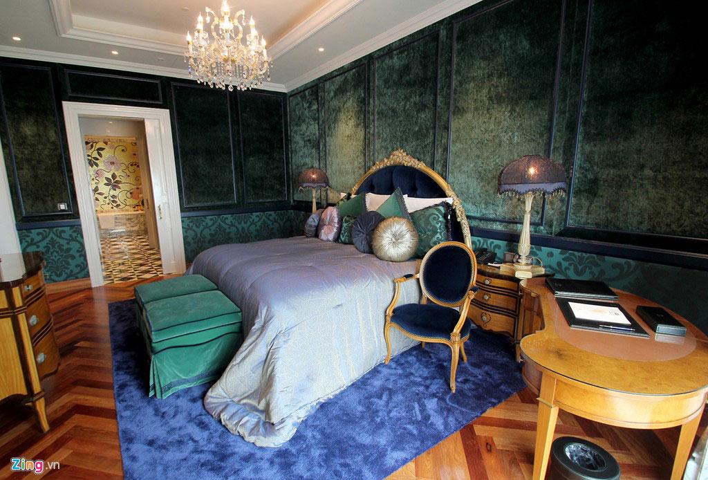 Phòng ngủ sử dụng gam màu xanh lá cách điệu