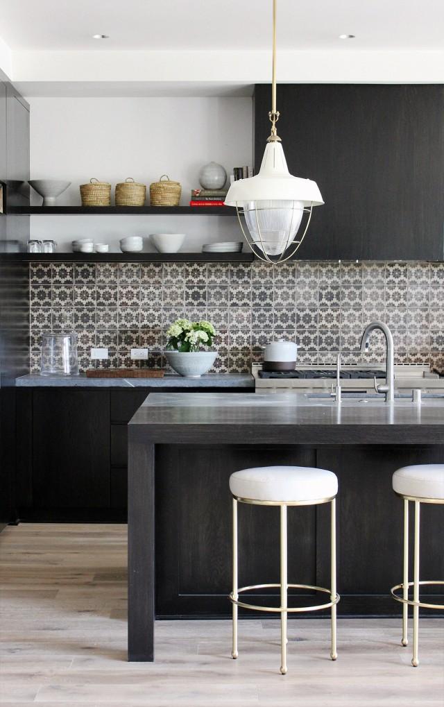 Những mẫu thiết kế bếp với mảng gạch ốp tường bếp siêu đẹp
