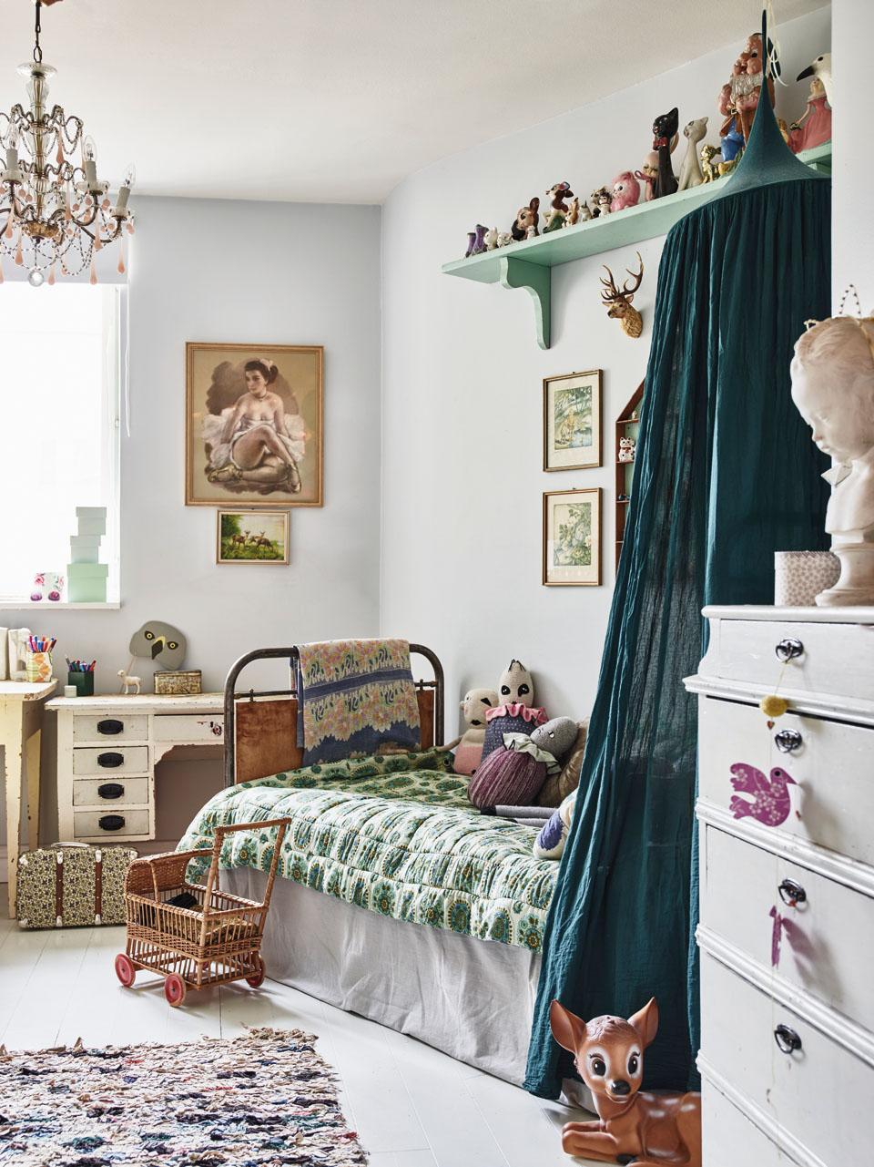 Thiết kế nội thất phòng ngủ trẻ em sinh động và thú vị