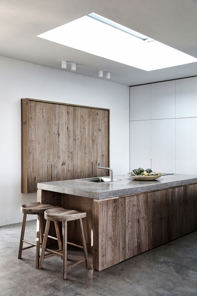 Phòng bếp sử dụng phong cách trang trí nội thất tối giản