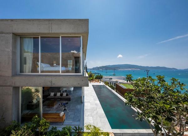"""Stone house - Ngôi nhà với tầm nhìn """"vô cực"""" ôm trọn vịnh Nha Trang"""