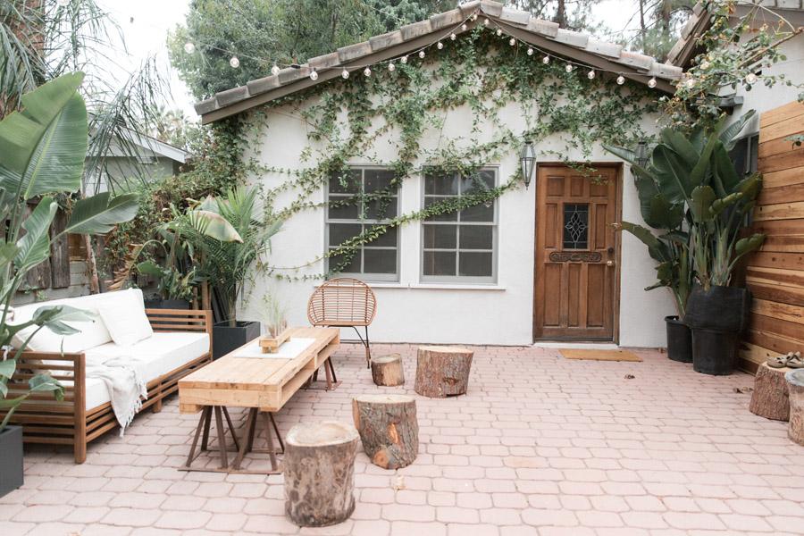 Thiết kế nội thất bàn trà gỗ ngoài trời